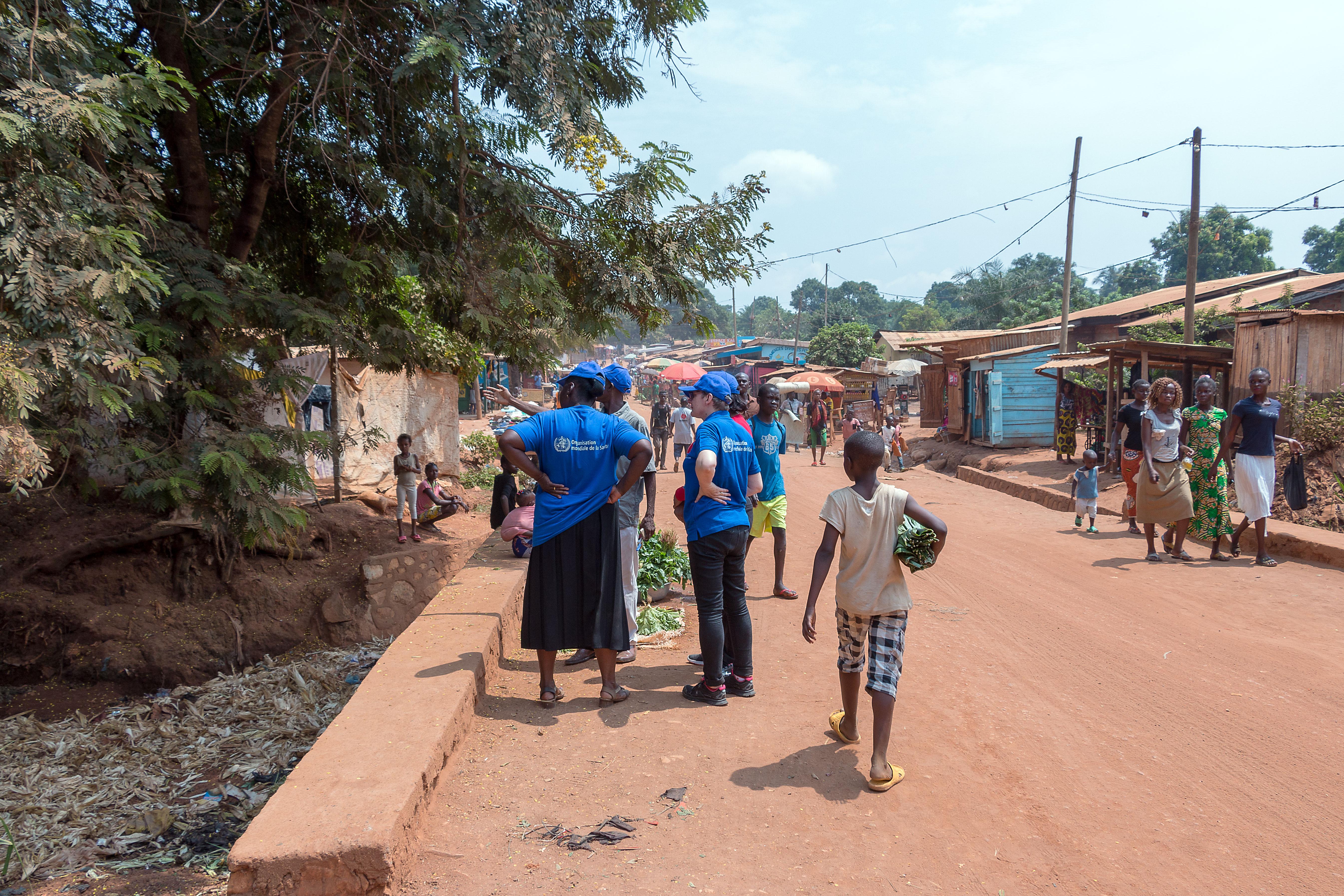 La surveillance environnementale du virus de la poliomyélite forme un tandem important avec la campagne de vaccination dans la riposte du Ministère de la Santé contre l'épidémie de Poliovirus en République Centrafricaine. Elle est indispensable car l'immense majorité des infections par le Poliovirus sont asymptomatiques, facilitant sa circulation silencieuse.